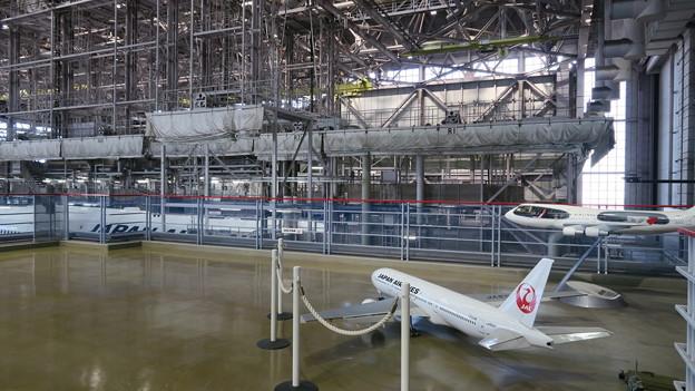 平成28年度 視察研修(JAL工場)工業会の視察